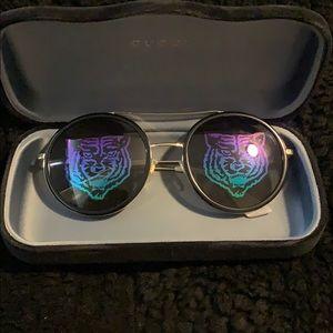 Retro round sunglasses from Gucci